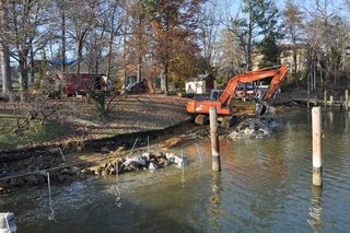 Parkwood living shoreline sills construction 036
