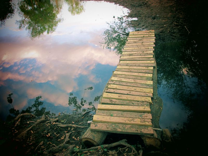 AmandaAngleberger_FootBridgeandCloudReflections
