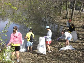 Muddy river cleanup 017_sm